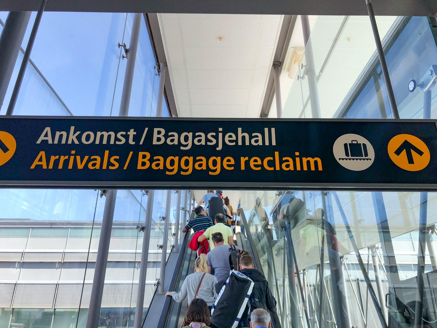 Aankomst op de luchthaven van Oslo